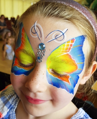 children birthday party one stroke butterfly face painting Telford